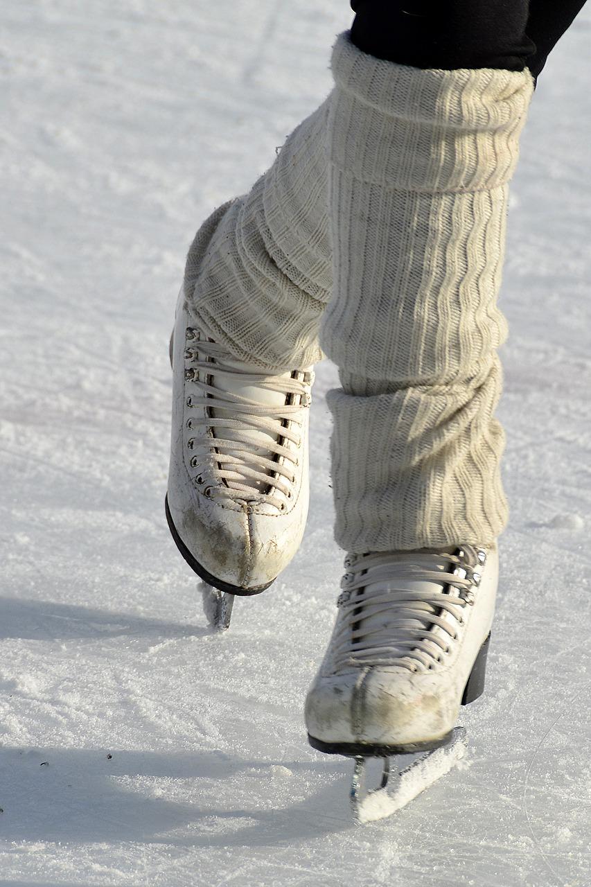 skates, figure skating, drive-2001796.jpg